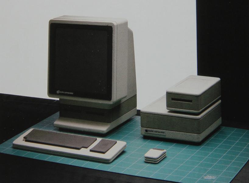 Apple snow white 1 «Стиль Sony», 1982