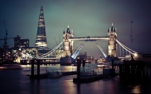 tower_bridge_of_london-wide